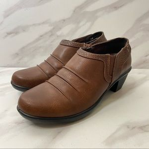 EASY STREET Brown Side Zip Ankle Bootie